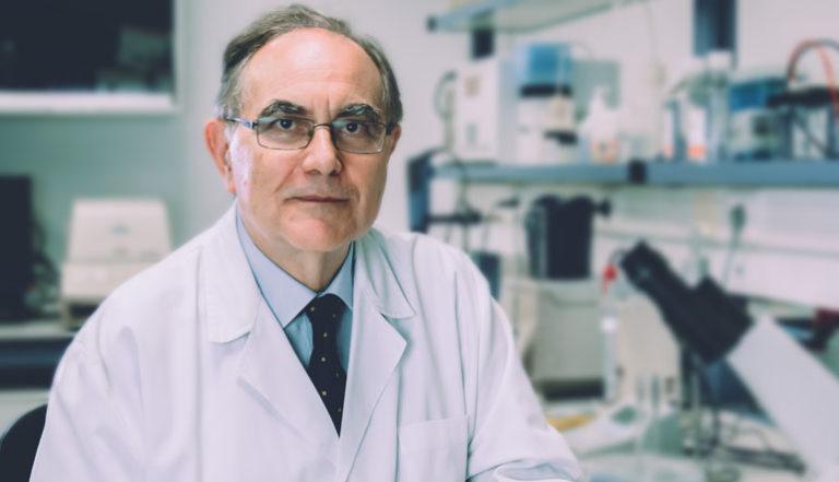 El Catedrático de Histología Antonio Campos recibe en Salamanca el Premio Internacional de Educación Médica Antonio Gallego